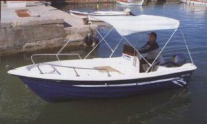 Dependable low maintenance motor boat